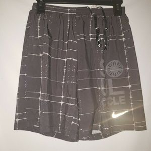 Women's Soul Cycle Nike Dri Fit Size Small Lined G
